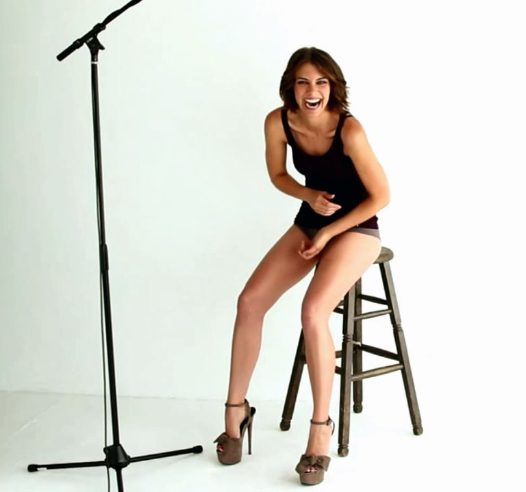 lauren cohan disturbed nude